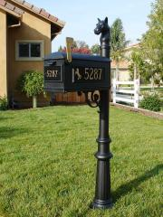 Equestrian Collection Mailbox Package