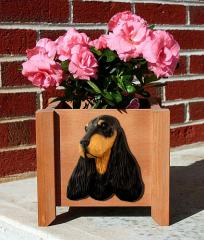English Cocker Spaniel Garden Planter - Black & Tan