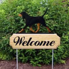 Black and Tan Coonhound Welcome Stake